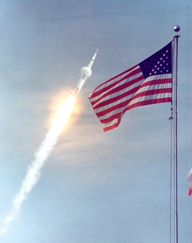 Apollo XI en camino, 16 de julio de 1969