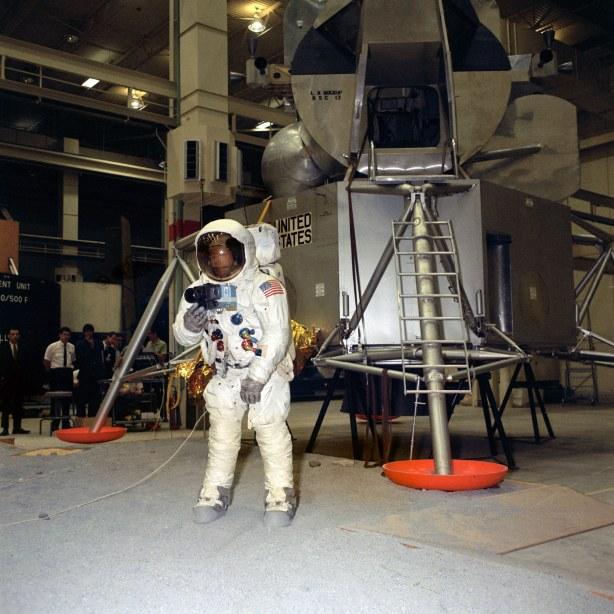 Entrenamiento del astronauta Neil Armstrong, abril de 1969